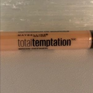 Maybelline 305 soft brown eyebrow pencil